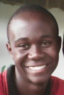 (Deutsch) Daniel Nanja wurde als sambischer Freiwilliger 2016/17 ausgewählt